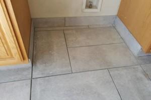 Photo #9: Custom Tile Installation - floors, showers, back splashes