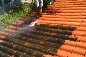 Photo #11: PRESSURE CLEAN the outside of your HOME, OFFICE, Deck, Windows