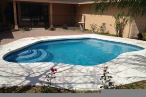 Photo #1: Todo tipo de trabajos para Albercas! All Swimming Pools Services!
