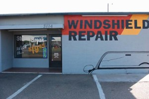 Photo #2: CRACK MASTER WINDSHIELD REPAIR