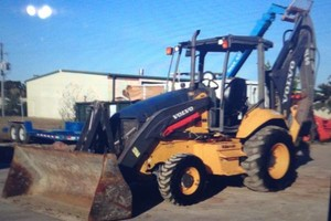 Photo #2: Backhoe Service - Tree removal/Demolition/...