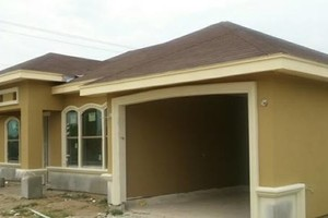 Photo #1: CONSTRUCTION. Brick/block/stucco/driveway