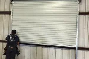 Photo #10: Garza Garage Door Co.