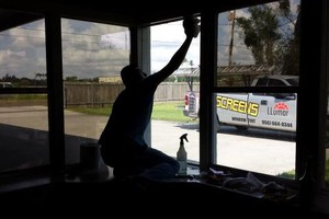 Photo #11: WINDOW TINT/SUN SCREENS