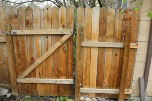 Photo #8: King of Stain - Fence / Deck Staining