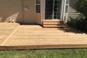 Photo #2: King of Stain - Fence / Deck Staining