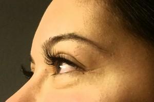 Photo #1: Eyelash Extensions Syn. Mink