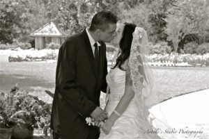 Photo #2: PRO PHOTOGRAPHER -Antone Studio Photography- WEDDINGS $199.00!