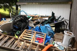 Photo #1: DES.T CLEANING AND JUNK REMOVAL!!!!