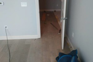 Photo #2: Floor covering mechanic