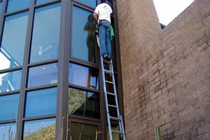 Photo #9: PROFESSIONAL PRESSURE WASHING / WINDOW CLEANING