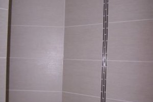 Photo #22: Tile & Stone Backsplashes to Walk in Showers