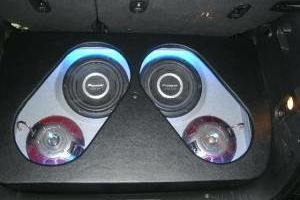 Photo #7: CAR ALARM, STEREO  INSTALLATION