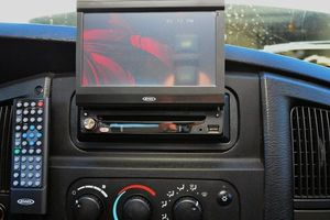 Photo #5: CAR ALARM, STEREO  INSTALLATION
