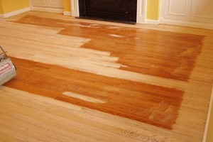 Photo #1: Hardwood Floors / Install / Refinish