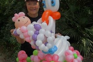 Photo #7: Balloon Bouquets & Centerpieces