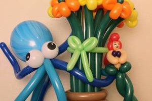 Photo #3: Balloon Bouquets & Centerpieces