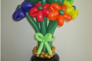 Photo #2: Balloon Bouquets & Centerpieces