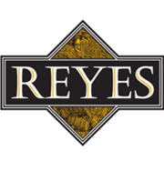 Logo Team Reyes Lawn & Maintenance Care