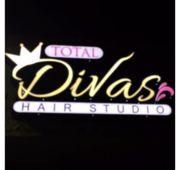 Total Divas Hair Studio