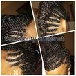 Natural hairstylist with available appointments